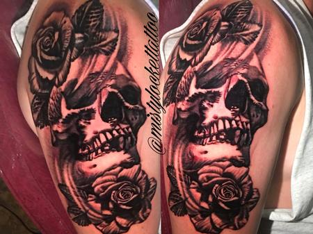 Tattoos - Black and grey skull and roses - 132212
