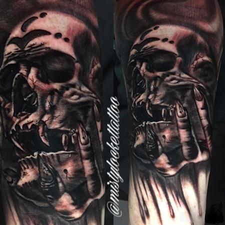 Tattoos - Black and grey skull - 132218