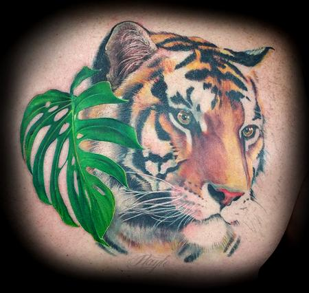 Haylo - Custom Tiger Back piece in Progression
