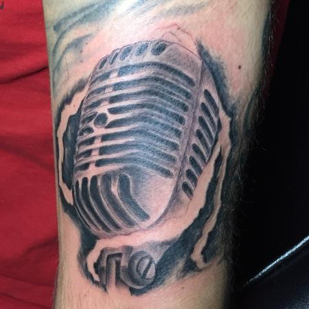Tattoos - old microphone - 128345