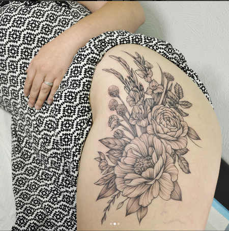 Michael Bales - Galdioli and Floral on Thigh- Instagram @MichaelBalesArt