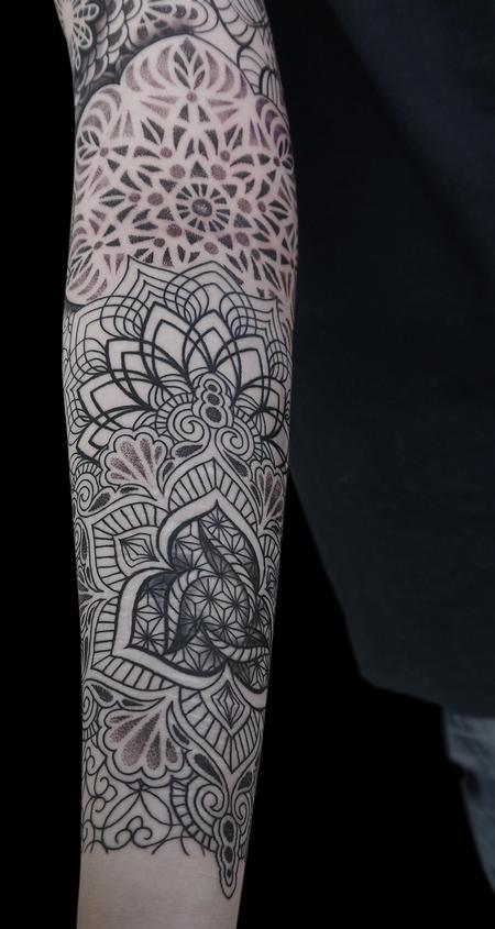 Tattoos - dotwork linework mandala tattoo  done on the 4th day at Off the Map, Cervignano del Fruili , Italy - 122253