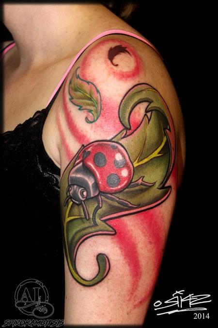 Tattoos - Ladybug - 111624