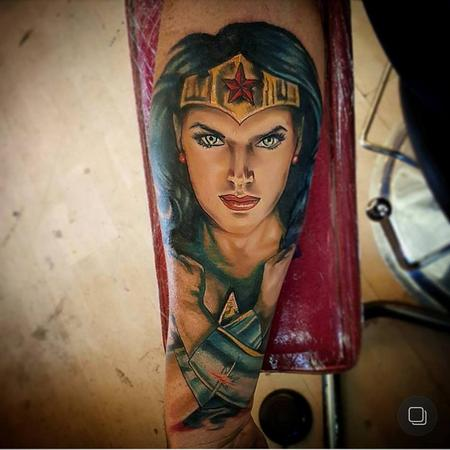 Tattoos - Wonder Woman - 130679