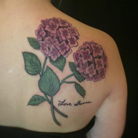 Bri Howard - Hydrangea tattoo