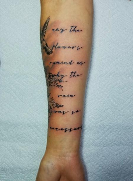 Tattoos - Dainty letterring - 135031