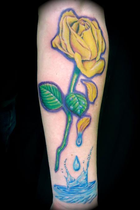 Ryan El Dugi Lewis - Noni Yellow Rose Tears & splash