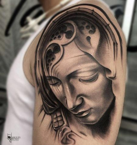 Miguel Angel Romo - Madonna tattoo