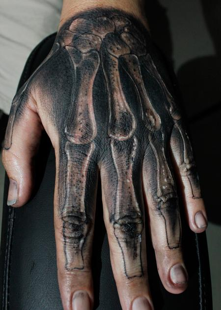 Skeleton Hand Design Thumbnail