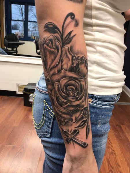 Craig Murphy - Black and grey roses