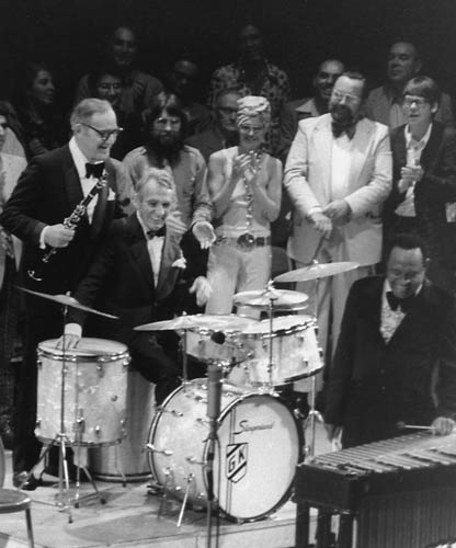 Gene Krupa, famous vintage drums, vintage drum collector, Gene Krupa's drums, Slingerland, Benny Goodman, antique collectibles, jazz memorabilia, musical instrument collection