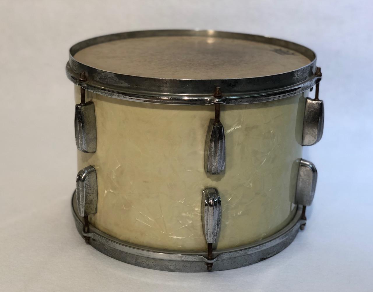 Gene Krupa drums, famous vintage drums, vintage instrument collection, drum collector, collectable antique