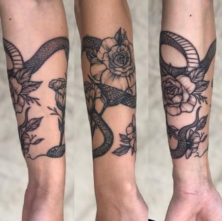 Tattoos - Snake and Roses - 139710
