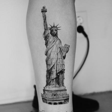 Tattoos - Statue of Liberty Tattoo - 143118