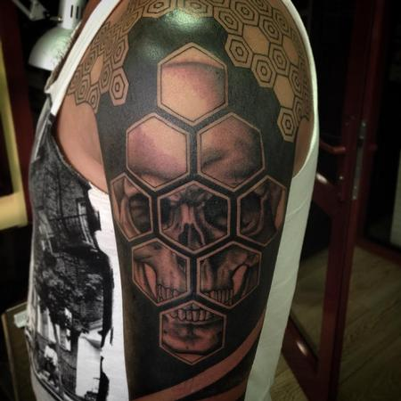Tattoos - Geometric Blackwork with Skull - 122257