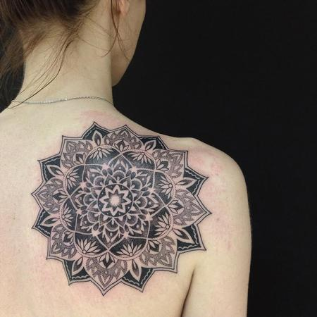 Tattoos - Blackwork Mandala - 122258