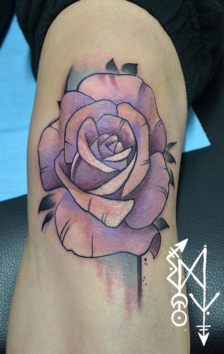 Tattoos - Rose on a knee - 115057