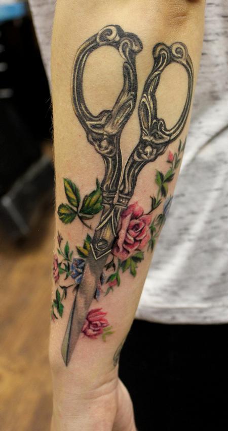 Capone - Designer Shear Tattoo Floral Vintage