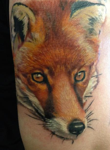 Caryl Cunningham - Fox Tattoo