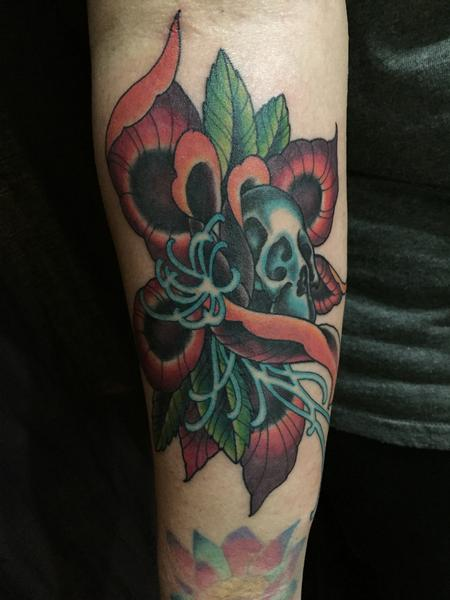 Tattoos - Skull in Flower - 126703