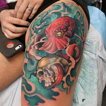 Tattoos - Octopus & Skull - 101162