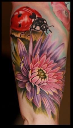 Tattoos - Ladybug and flower - 35522