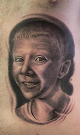 Tattoos - portrait on ribs - 35818