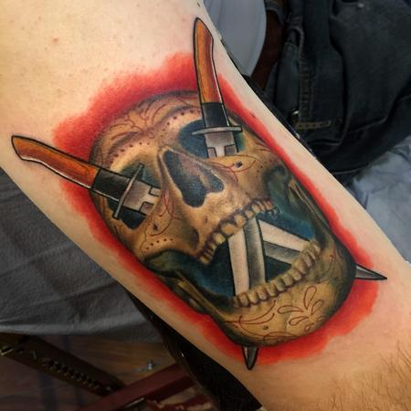 Tattoos - Realistic skull with illustrative knives - 119935