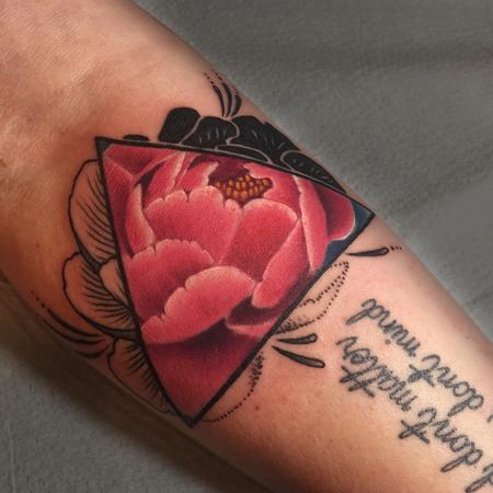 Tattoos - Peony in Triangle - 123495