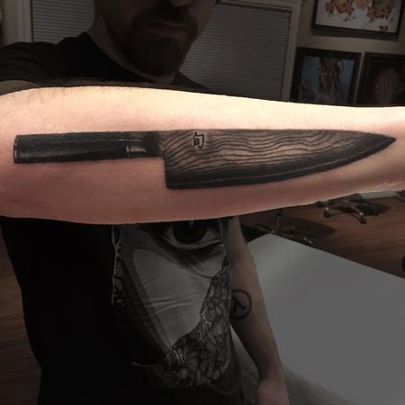 Tattoos - Shun Chef's Knife Black and Grey - 126314