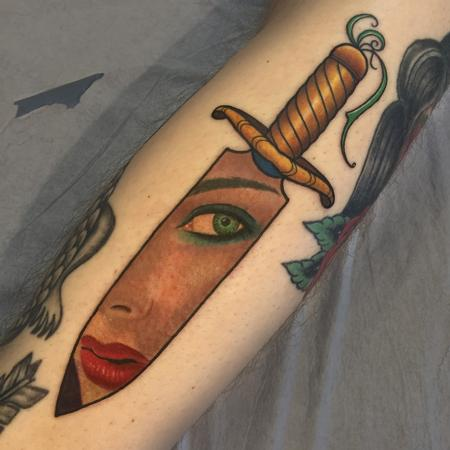 Tattoos - traditional Dagger with realistic Babe face - 127588