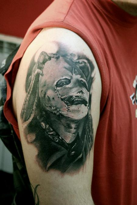 Tattoos - Realistic portrait in black and grey - 89945