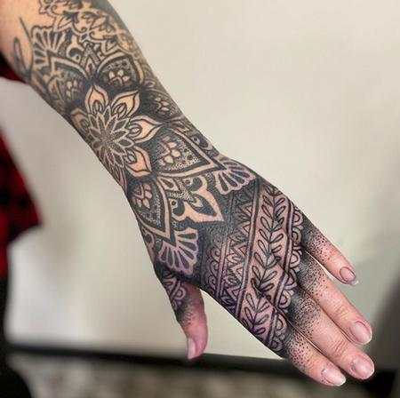 Tattoos - Blackwork hand tattoo - 141071