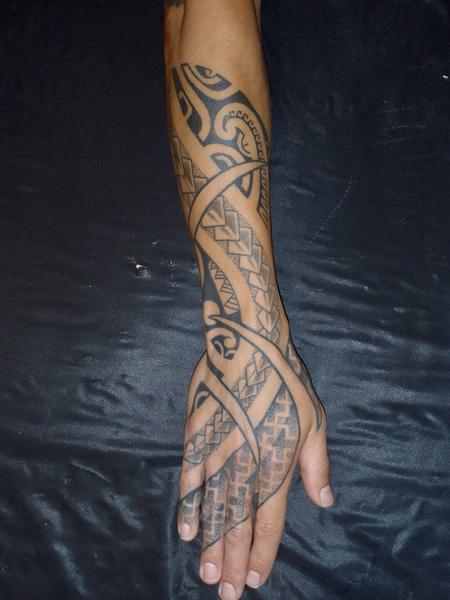 Tattoos - Poly fusion arm/hand - 99975