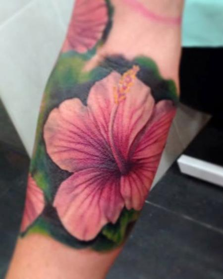 Tattoos - Close up of realistic Hibiscus flower, part of an Hawaiian inspired sleeve - 89146
