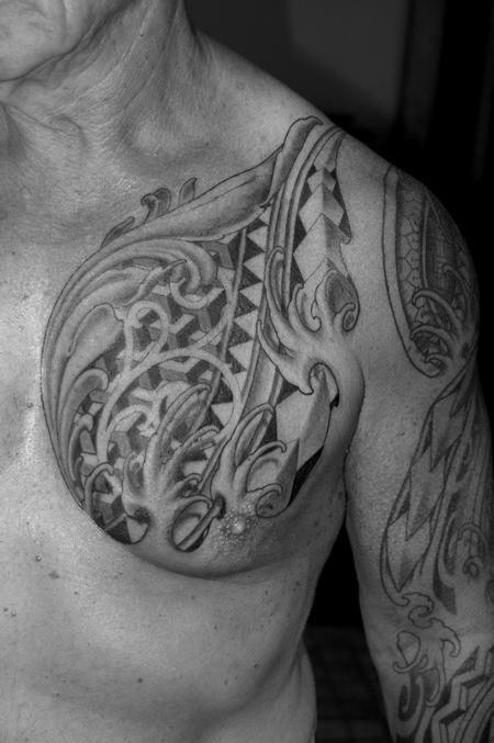 Tattoos - chest cap - 108784