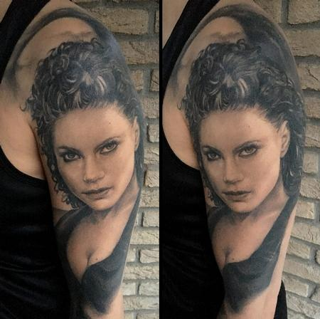 Thomas-kYnst - Healed Portrait