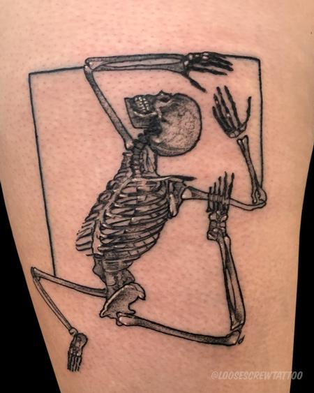 Tattoos - Stretching Skeleton - 142089