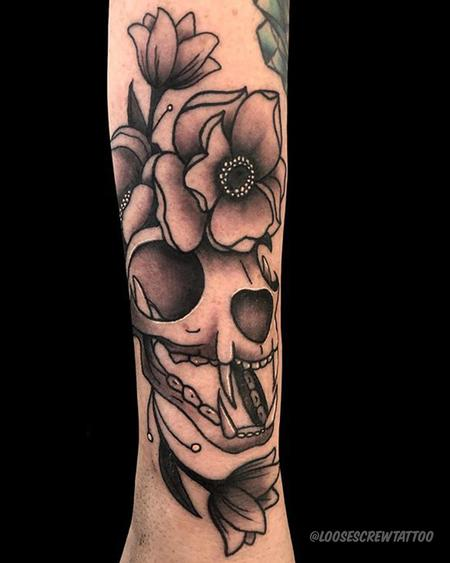 Tattoos - Skull & Flowers - 141968