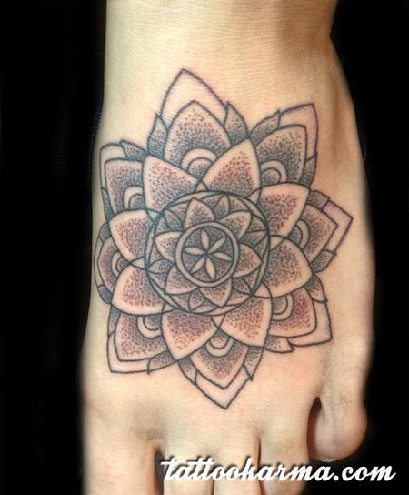Tattoos - Dotwork mandala - 82429