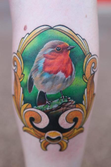 Tattoos - Framed realistic bird - 91205