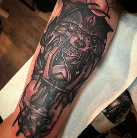 Tattoos - Dark Wolf with Hourglass and Hands Tattoo - 137688