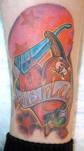 Tattoos - love hurts - 21990