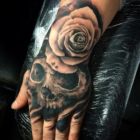 Ravi-Lassi  - Skull and rose