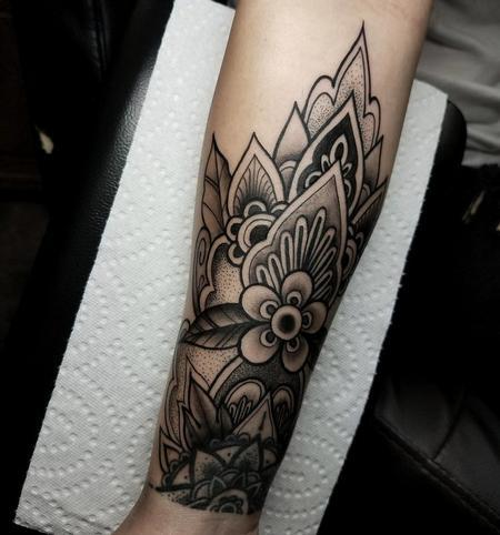 Tattoos - Blackwork Mendhi Floral - 132001