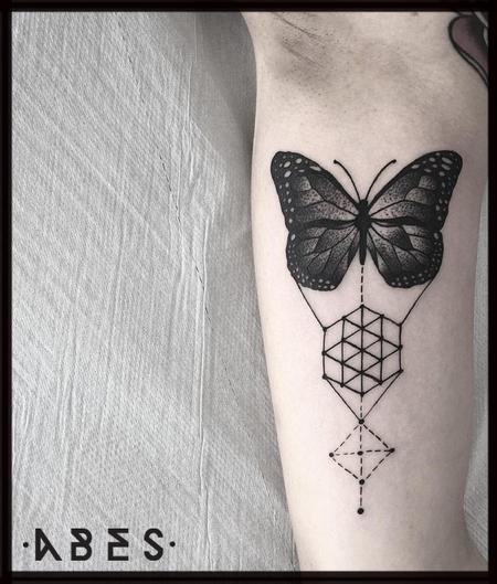 Tattoos - geometric butterfly - 119874