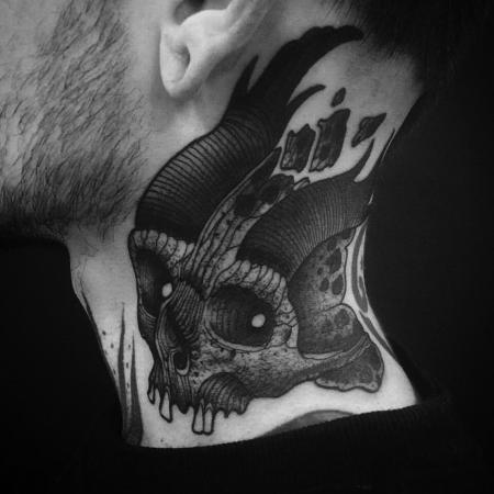 Tattoos - skull neck - 127135