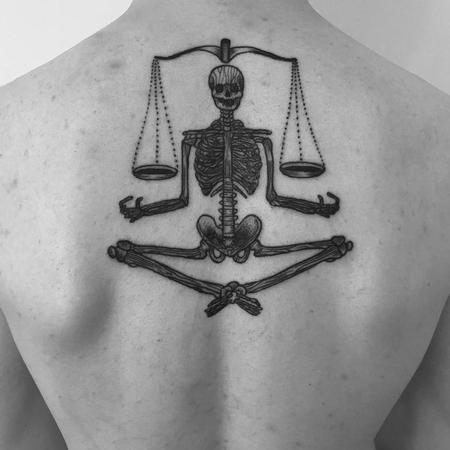 Tattoos - equilibre - 129241