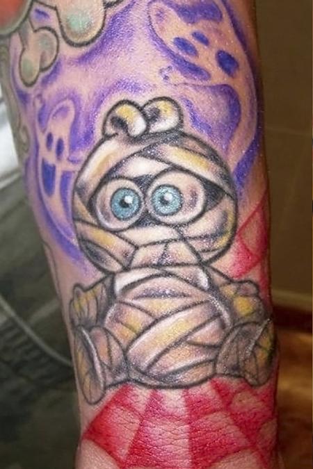 Jordana Hawen - Mummy Tattoo