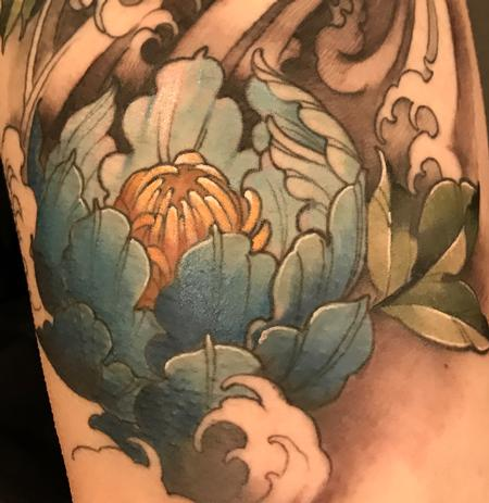 Tattoos - Damon Conklin Peony in waves - 131247